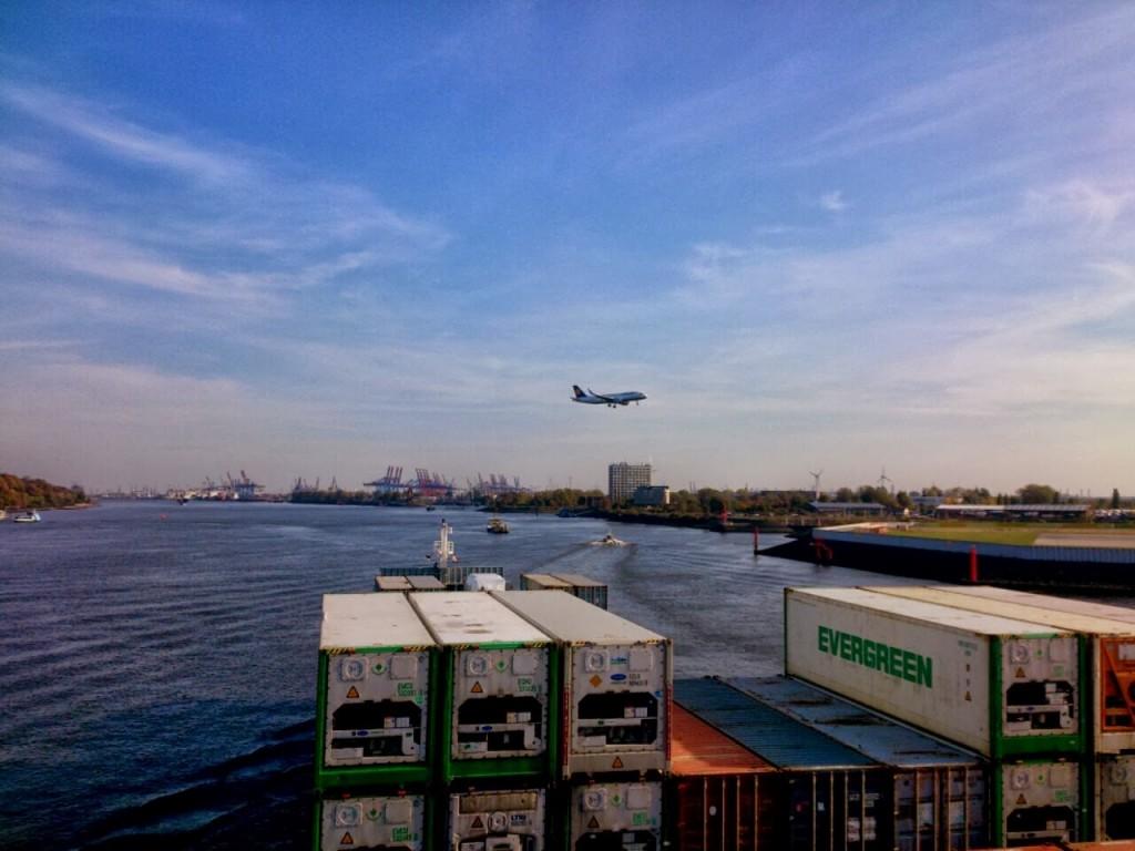 Fahrt auf der Elbe