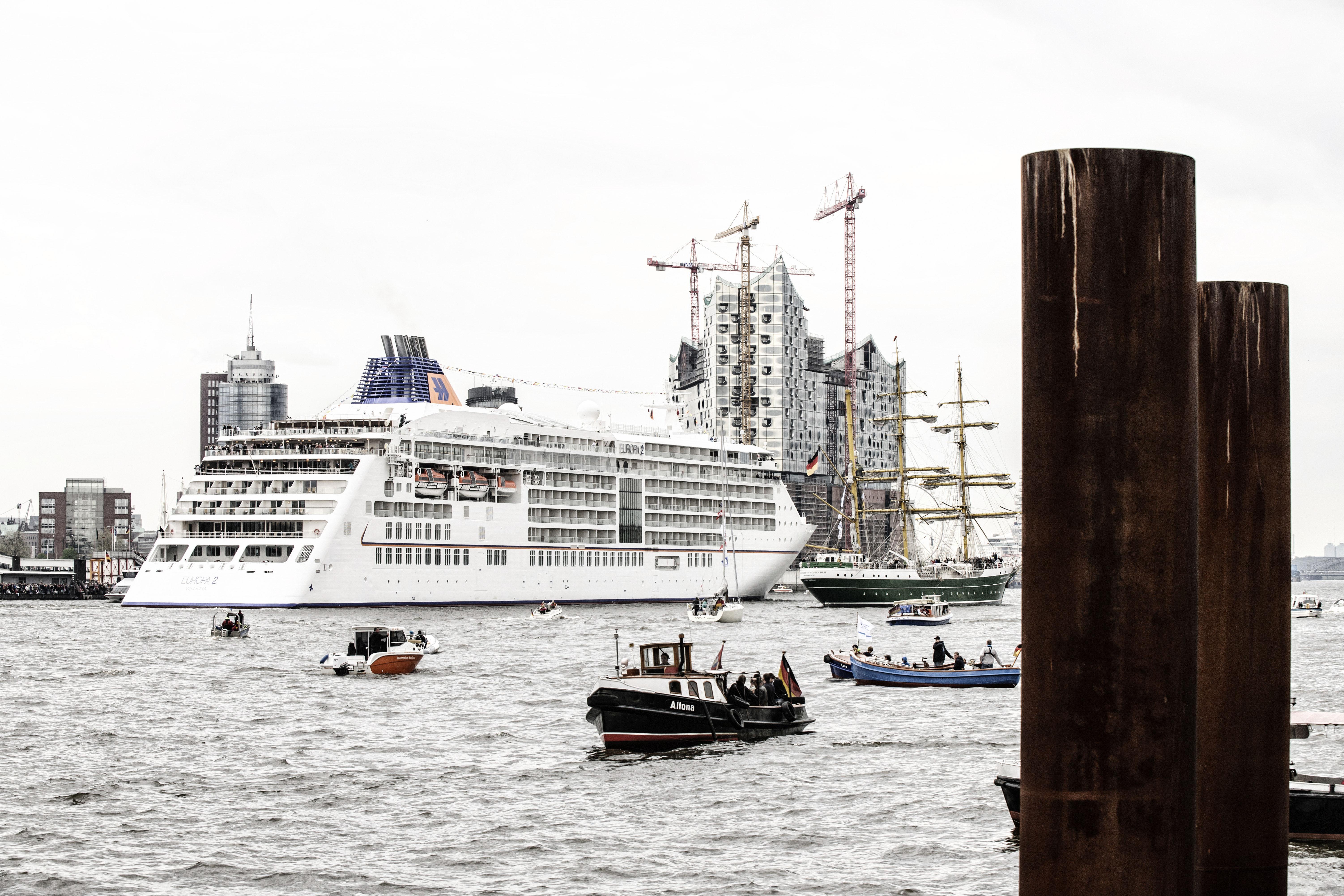 hapag lloyd kreuzfahrten alle vier schiffe kommen im sommer nach deutschland. Black Bedroom Furniture Sets. Home Design Ideas