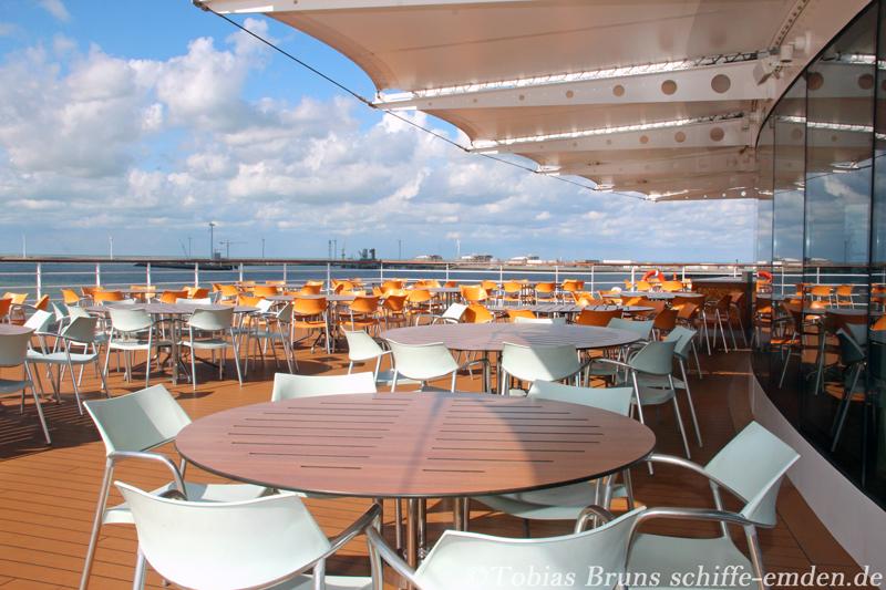 Cruise Bar Restaurant